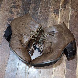 heeled fashion leather boots